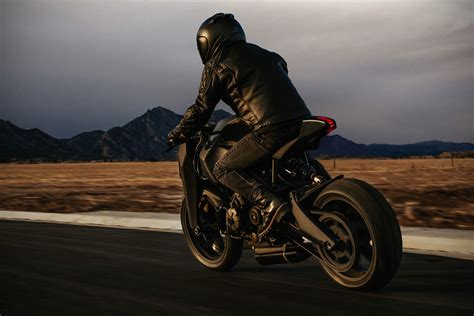 keanu reeves motorcycle cost if batman was real the ronin 47 would be his bike of