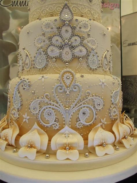 1000 ideas about indian wedding cakes on