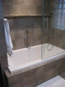 bathroom tub ideas 25 best ideas about bathtub shower combo on pinterest