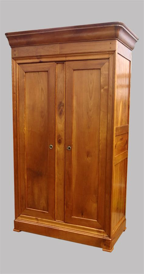 armoire louis philippe ancienne armoire ancienne en merisier de style louis philippe armoire penderie