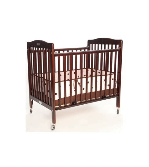 La Baby Deluxe Portable Crib 883a Cherry Baby Portable Crib