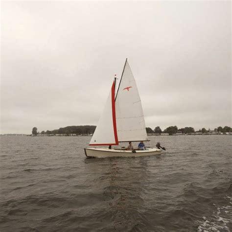 zeilboot zeeland huren zeilboot huren zeeland sloep meer valk randmeer fox 22