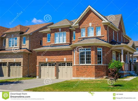 houses in america luxury houses in north america stock photo image 58139866