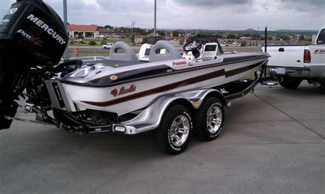 bass cat boats yuku 2010 basscat puma texas boat world bass cat boats