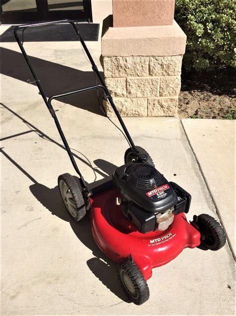 mtd pro    lawn mower   hp honda gas powered engine
