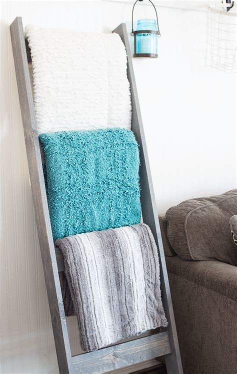 diy blanket diy blanket ladder 10 domestically speaking