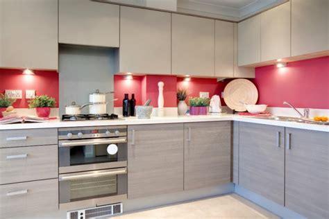 red and grey kitchen ideas tips para la decoraci 243 n de cocinas modernas imujer
