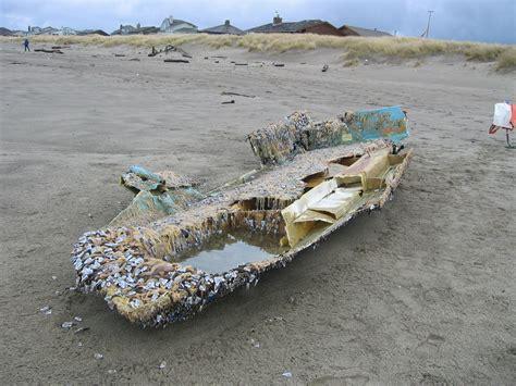 japan tsunami fishing boat japan tsunami boat japan earthquake aftermath the