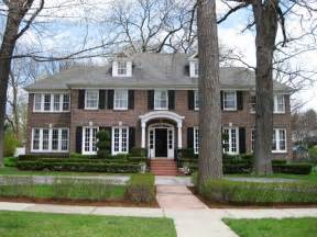 homes for il the home alone house winnetka illinois atlas obscura