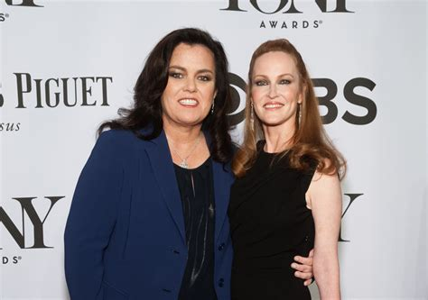 Banks Feels Up Rosie Odonnell by Rosie Odonnell Www Pixshark Images Galleries