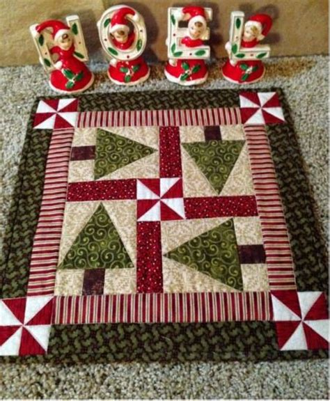 free pattern for christmas tree table runner tree table holiday tree and table toppers on pinterest
