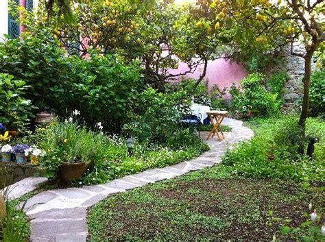 il giardino incantato un jardin enchanteur foto di il giardino incantato bed