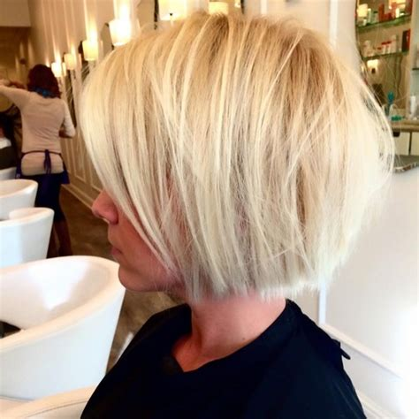 what color is yolanda foster s hair the yolanda foster cut air blow dry bar salon in baton