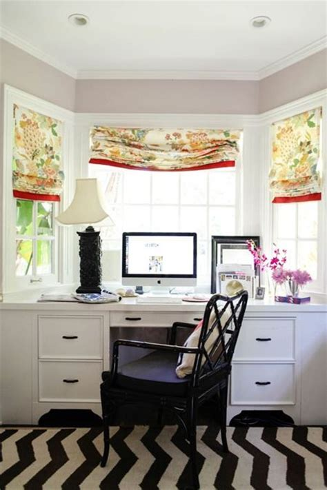 Home Office Desk Window Bay Window Built In Desk Home Office Ideas