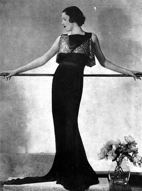 33 Gorgeous Photos Defined Evening Gowns of the 1930s