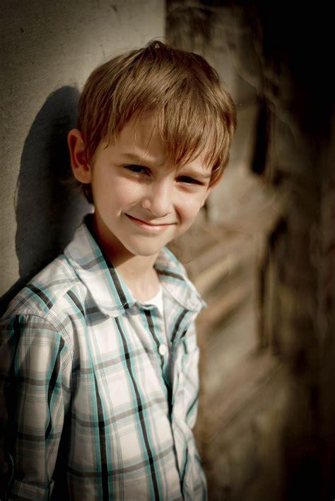 fashion hair boys 9 years 9 year old boy with brown hair www imgkid com the