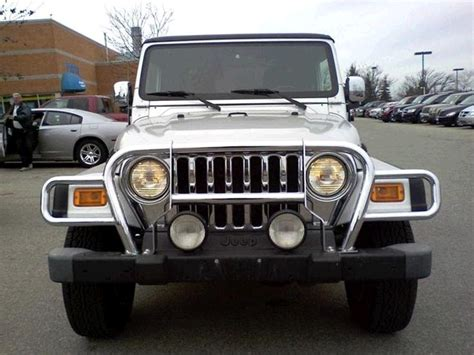 Jeep Tj Grille Rugged Ridge Defender Grille Guard In Chrome For 1997