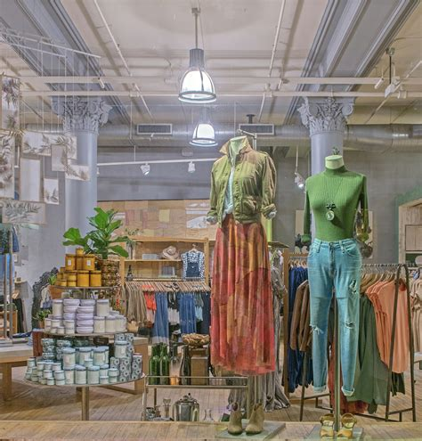anthropologie founder anthropologie founder must read anthropologie expands into