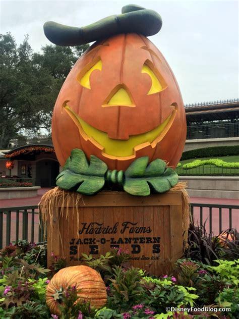 themes around halloween what s new around walt disney world september 20 2016