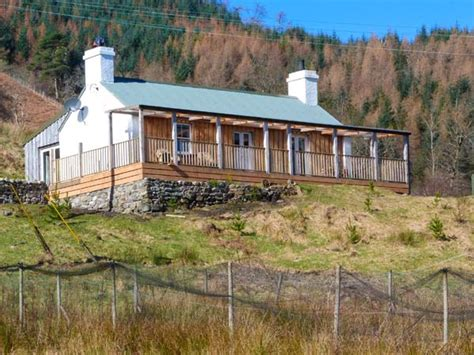 Loch Duich Cottage by Druidaig Cottage Letterfearn Alpha Lettings