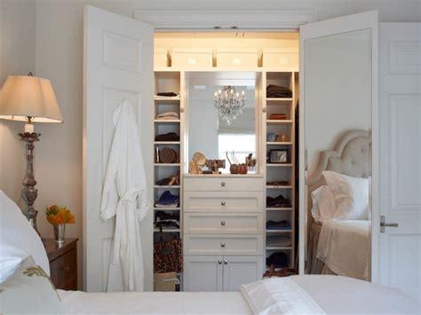 Cermin Kamar Tidur 10 cara menghias kamar tidur yang sempit