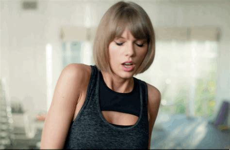 taylor swift and apple taylor swift channels drake in new apple music ad