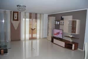 beige wohnzimmer beige brauner schiebevorhang f 252 rs wohnzimmer mit