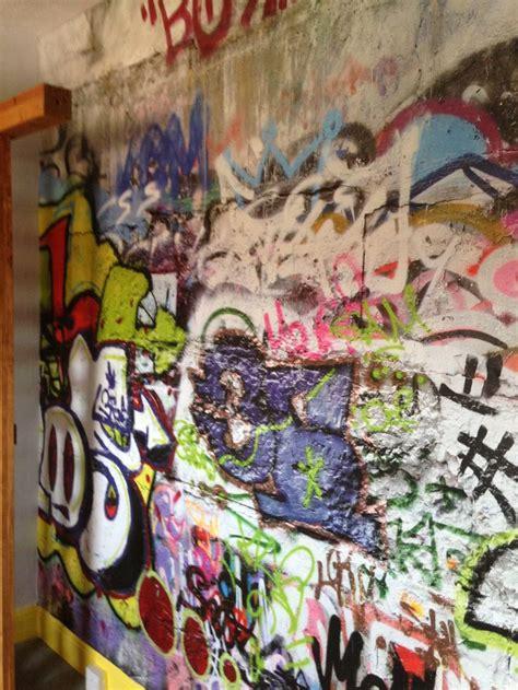 graffiti wallpaper boys bedroom boys bedroom ideas