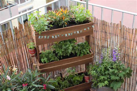 diy home theater sitzmöbel ideen wie gestalte ich meinen balkon wie gestalte ich meinen