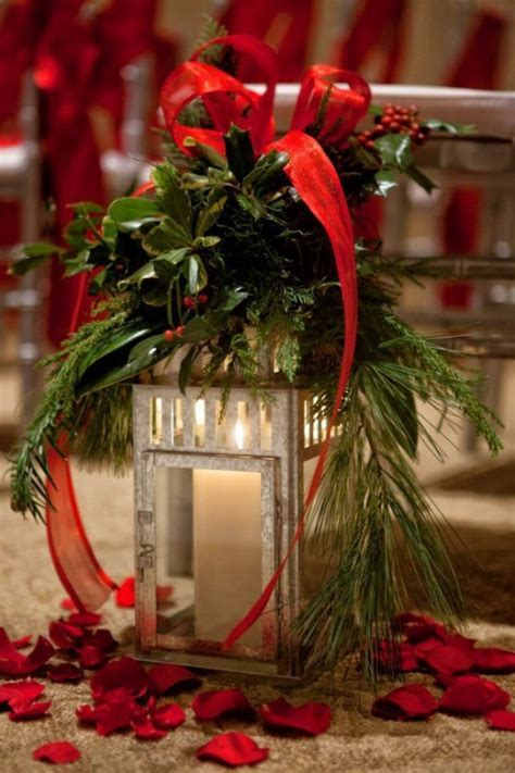 red decor 35 christmas d 233 cor ideas in traditional red and green