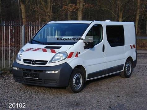 opel vivaro 2005 opel vivaro l1h1 1 9 cdti 2005 box type delivery van photo
