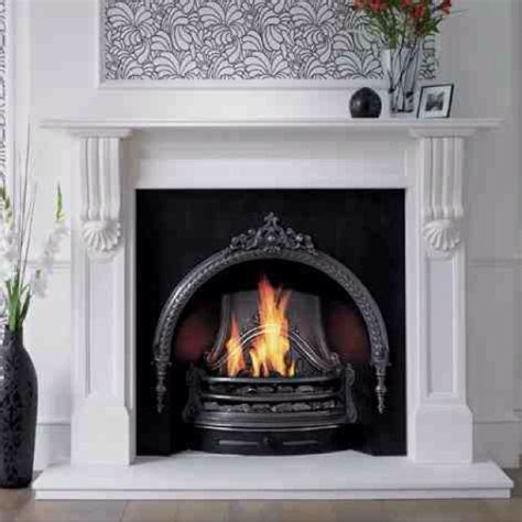 Painting Cast Iron Fireplace White by Best 25 Cast Iron Fireplace Insert Ideas On