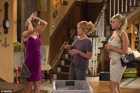 full house finale netflix s fuller house images sees john stamos and jodie