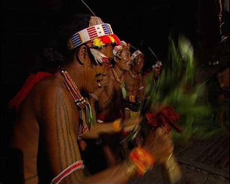tato suku mentawai dan artinya potret alam suku dan budaya mentawai di pulau siberut 2
