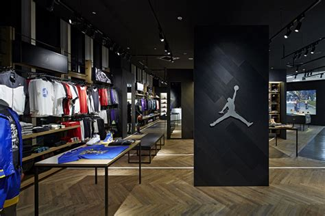 basketball shoes shop basketball 187 retail design