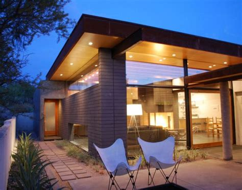The Silvertree Residence by Secrest Architecture