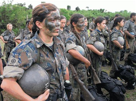 brazil military police uniform itu la pasal 49 pictures of female soldiers from various