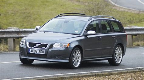 2009 volvo v50 volvo v50 2 0d powershift 2009 review by car magazine