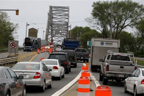 traffic leaving cape cod today sagamore bridge repairs cause cape cod traffic nightmares