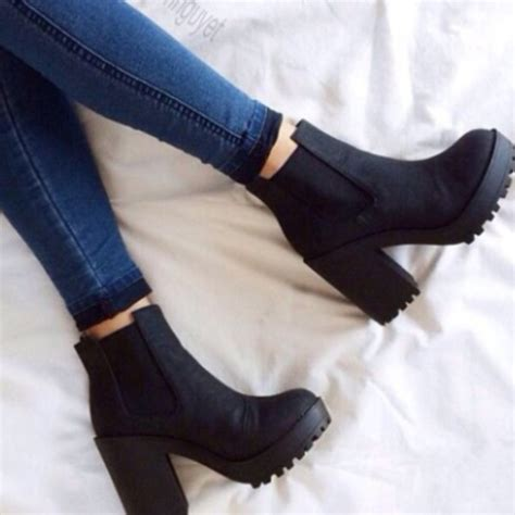 shoes black boots ankle boots thick heel