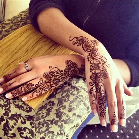 simple henna designs for hands step by step hijabiworld simple mehndi designs for hands step by step
