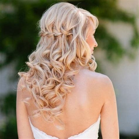 down hairstyles blonde 39 half up half down hairstyles to make you look perfect