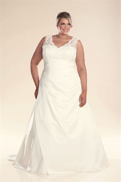 Plu Size Wedding Dresses by Plus Size Wedding Dress With Straps Bridal Gowns