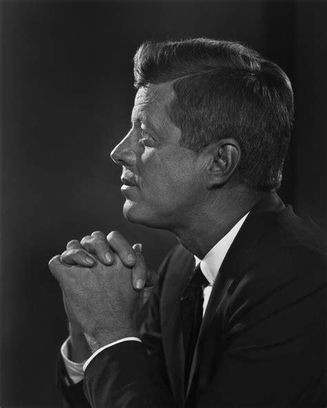 F Kennedy f kennedy yousuf karsh