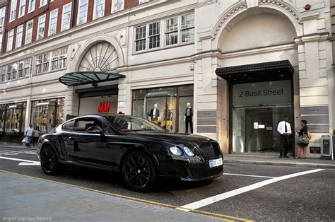 bentley blacked out hummm blacked out bentley whips black