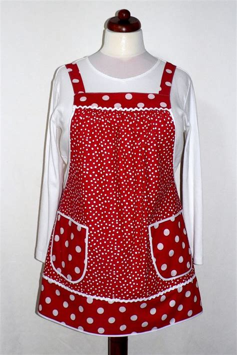 Apron Designs And Kitchen Apron Styles by Aprons Different Styles And Dots On Pinterest