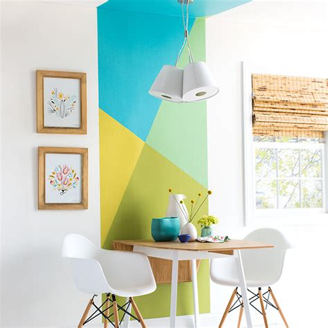 decorate walls with painted color blocks