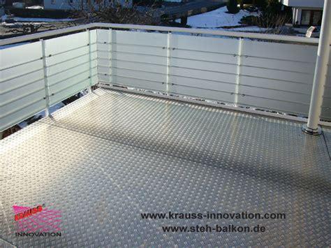 glasgeländer terrasse verkleidung design balkon