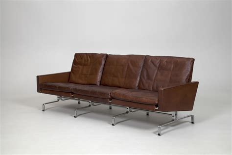 sofa köln jacksons pk 31 3 sofa and pk 31 1 chairs poul kjaerholm