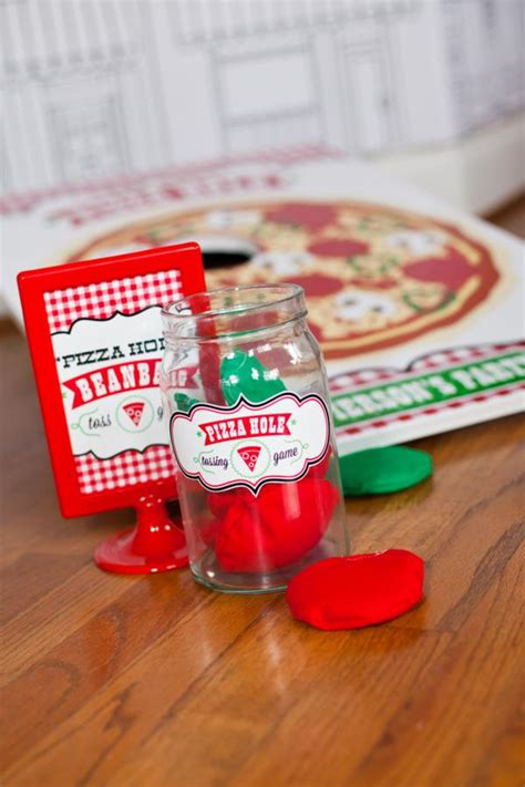 Pizza Decorations Supplies by Pizza Themed Crafts For